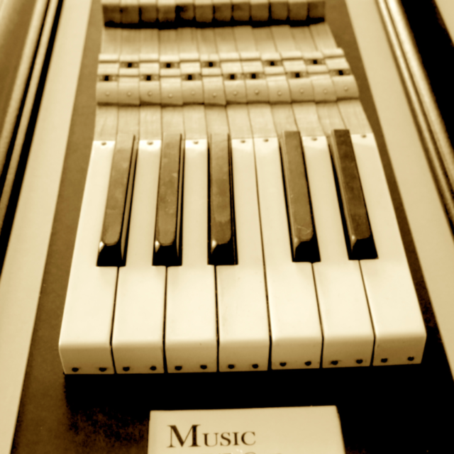 http://dublinschoolofmusic.ie/wp-content/uploads/2020/11/web3-640x640.png